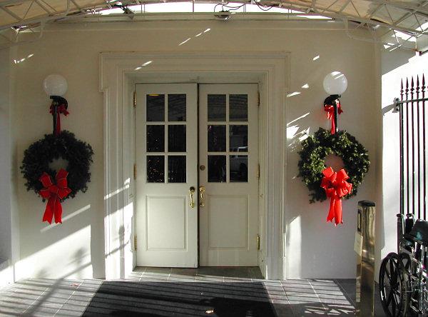 File:West-entrance-2002.jpg