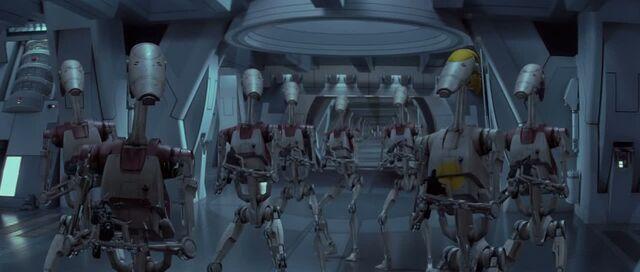 File:OOM battle droids.jpg