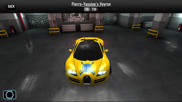 File:Pierre's Veyron (Front).png