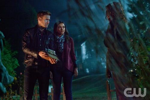 File:Matt Davis as Jeff, Jessica Lucas as Skye and Brigid Brannagh as Annabelle2.jpg