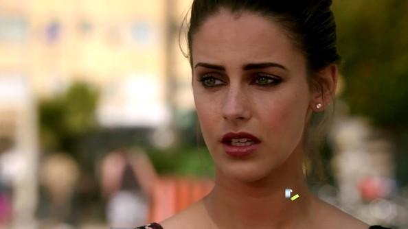 File:Jessica Lowndes 90210 Season 4 Episode 24 ClvauaddteRl.jpg