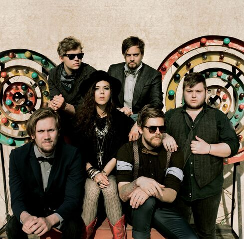 File:Of-Monsters-and-Men-1-Wakarusa-iu4.jpg
