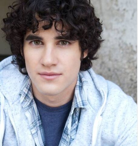 File:Eye-candy-darren-criss-20.jpg