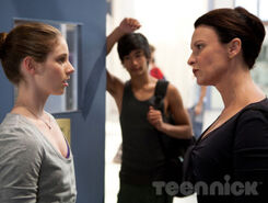 Dance-academy-behind-barres-picture-6