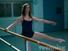 Dance-academy-behind-barres-picture-11