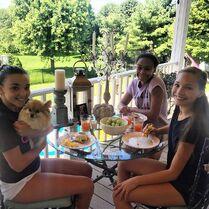 Kendall Nia Maddie - sleepover and breakfast - 2015-07-22