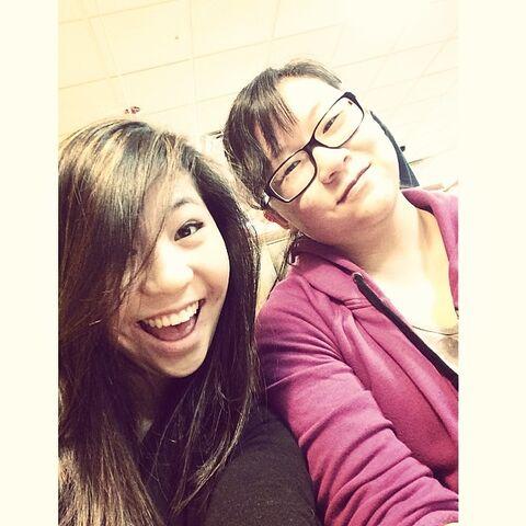 File:SarahP with sister 2014-04-18.jpg