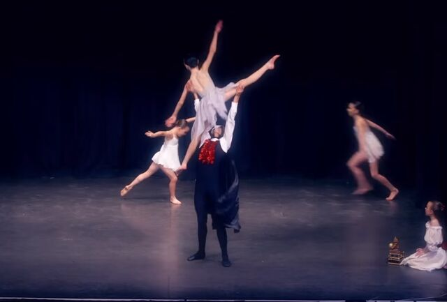 File:Dance Mums 205 Phantom of the Opera 1.jpg