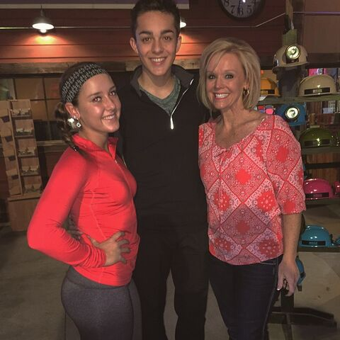 File:Hadley Zack and Yvette - on Zacks birthday 2015-03-16.jpg