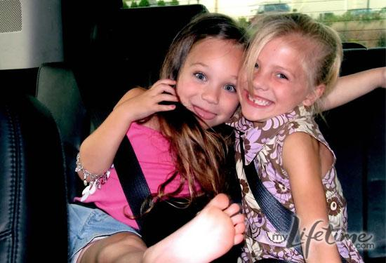 File:Young Maddie and Paige (1).jpg