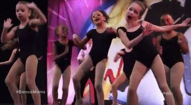 Group Dance S02 EP8 Runaway Mom