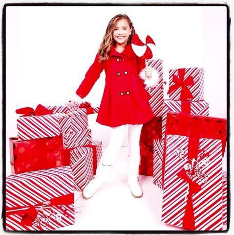 File:Mack Z Christmas All Year Long.jpg