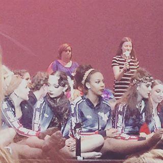 File:604 Girls on stage.jpg