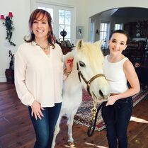 Jill and Kendall with ponypearl7 - instagram 24Jan2015