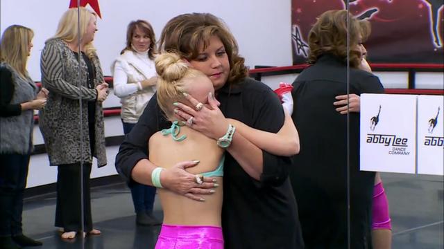 File:511 JoJo hugging Abby.png