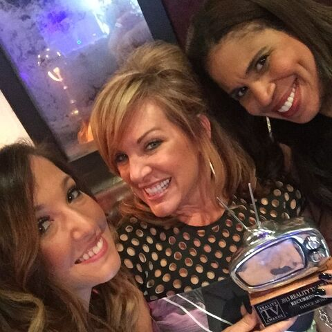 File:Gianna Jill Holly - Reality TV Awards - Best Recurring Cast - 13May2015.jpg