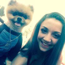 Tessa Wilkinson and Jiff the Pomeranian 2015-06-02