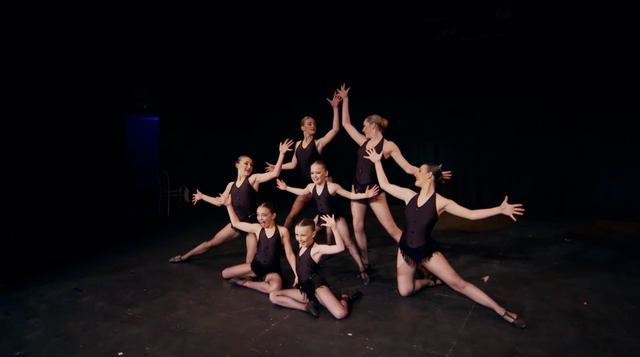 File:Dance Mums 207 Chicago 3.png