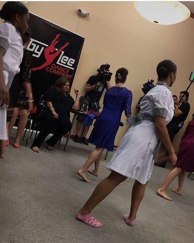 File:707 Group dance in the dressing room.jpg