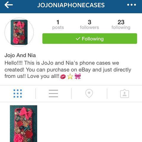 File:JoJo and Nia phone case auction 2015-05-08.jpg