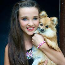Kendall with dog Dawn Biery dawnessa-gram