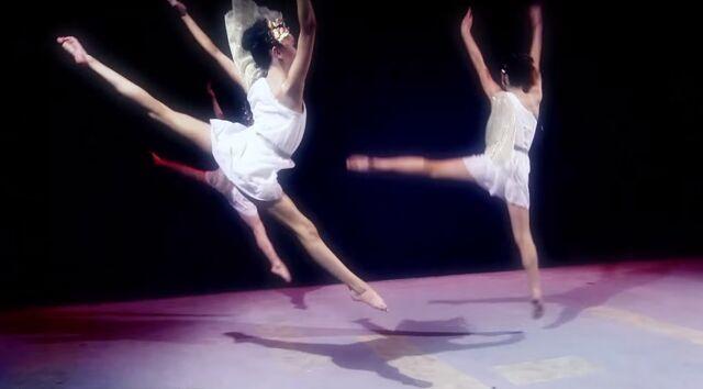 File:Dance Mums 206 group dance 2.jpg
