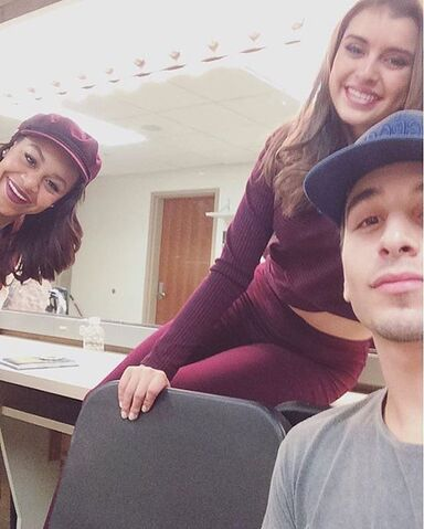 File:705 Nia and Kendall with Guy.jpg