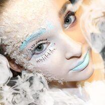 Kendall Vertes - Frozen - via HMA ddkaz
