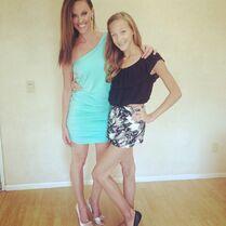 Jeanette and Ava in LA - 2015-06-03
