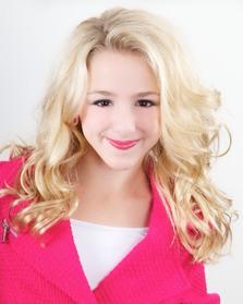 Chloe S3 Headshot