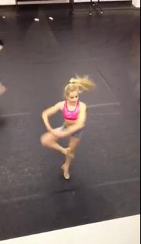File:Chloe pirouette.PNG