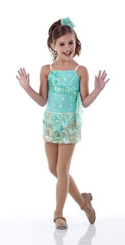 File:Cicci Mackenzie skirt-2.jpg