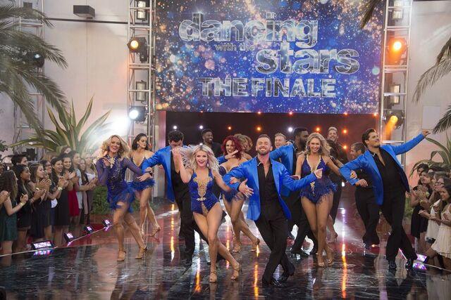 File:Cast Dance S24 Week 10 Finale Night 2 1.jpg