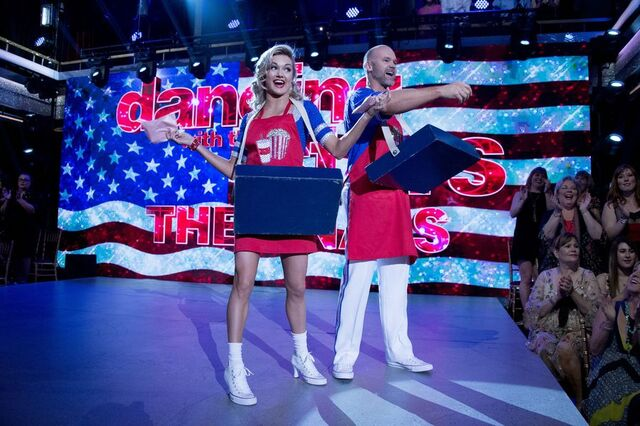 File:David and Lindsay S24 Week 10 Finale Night 1 Freestyle 1.jpg