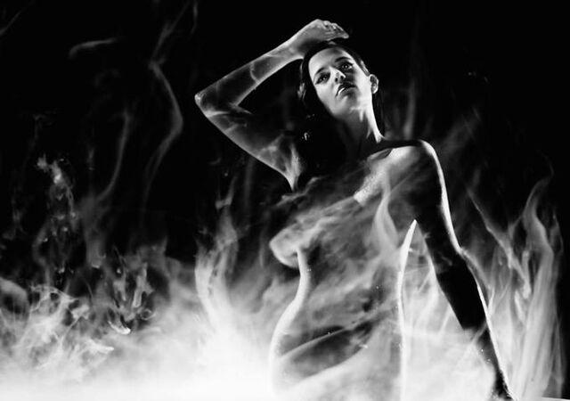 File:Sin City 2 Ava.jpg
