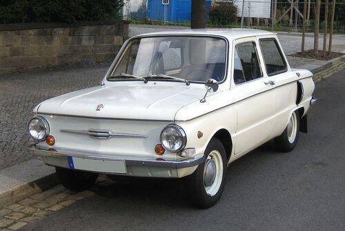 1280px-ZAZ-968 front