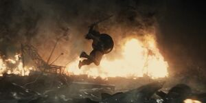 Wonder Woman attacks Doomsday