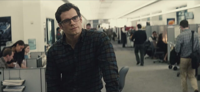 File:Clark and Perry argue.jpg