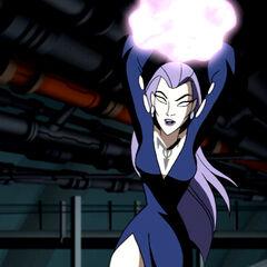 Tala preparing to kill Lex Luthor.
