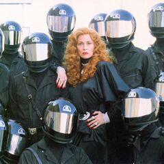 Promotional image of Selena surrounded by her soldiers.
