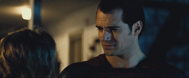 File:Batman v Superman 31.png