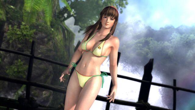 File:DOA5 Hitomi Swimsuit.jpg