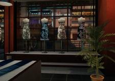Lovely Lady Fashionhouse Window Display