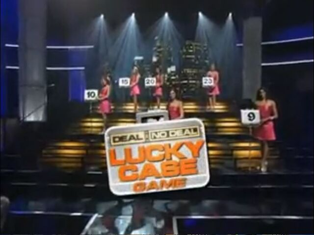 File:Lucky Case Game Early.jpg