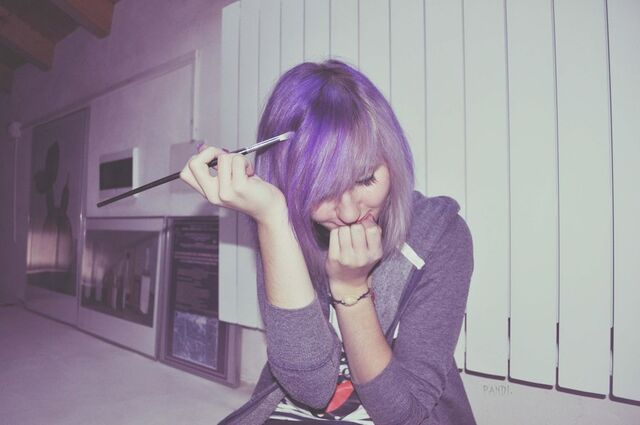 File:Purple hair by spastikpandina-d4m43et.jpg