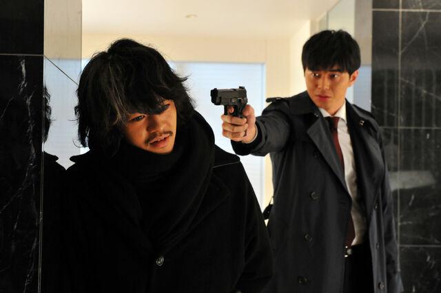 File:LNW Mishima and Ryuzaki 7.jpg