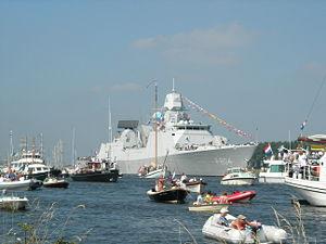 300px-F804 Sail 2005