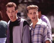 Brandon-and-Dylan-90210