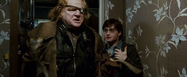 File:DH trailer2 Moody and Harry in Privet Drive.jpg