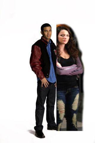 File:Dallas and Fiona Friendship.jpg